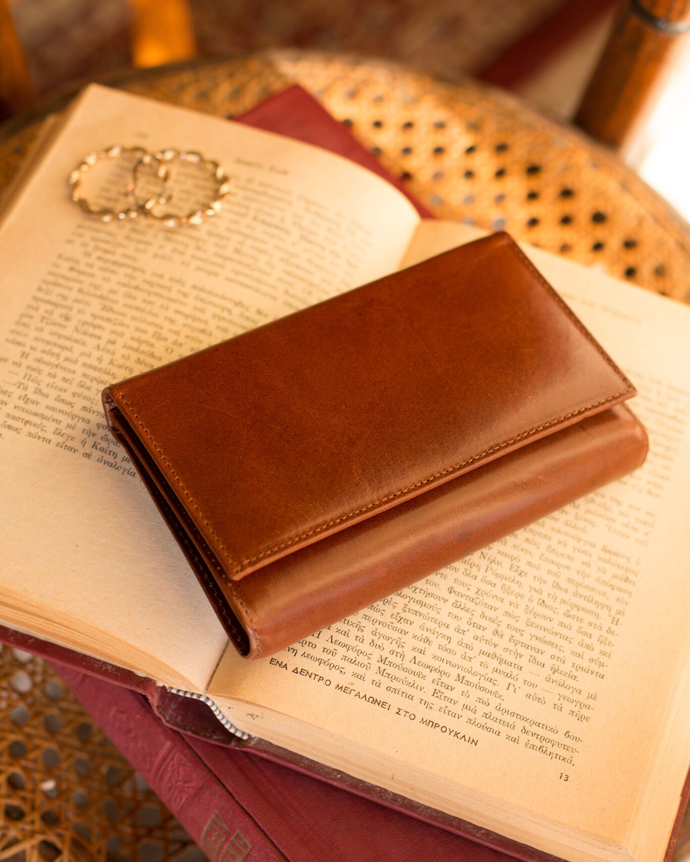 Trifold Leather Wallet in Honey Brown